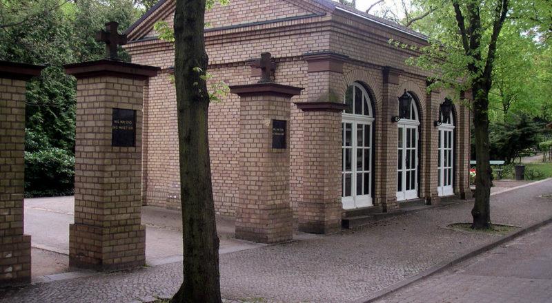 _0006_Friedhof-Bergstrasse-003
